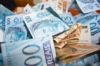 Como Começar a Atrair o Dinheiro Para a Sua Vida